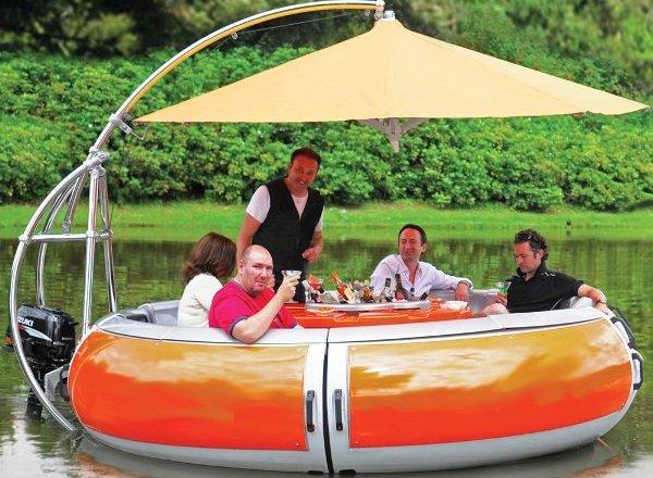 лодки с пикником