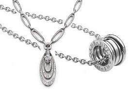 Кольцо B.zero 1 и ожерелье Elisia от Bulgari
